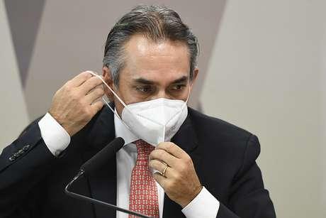Carlos Murillo, gerente-geral da Pfizer na América Latina na CPI da Covid