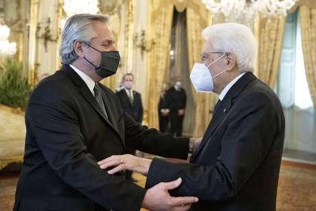 Sergio Mattarella e Alberto Fernandez durante encontro em Roma