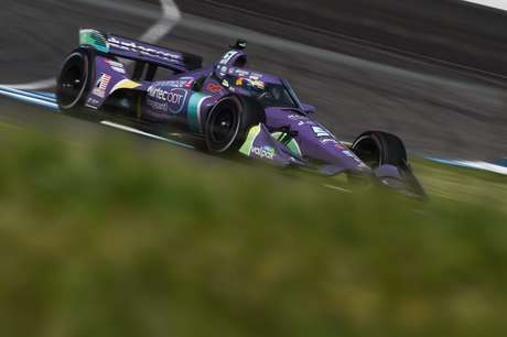 Romain Grosjean é pole em Indianápolis