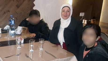 Najwa teme que a casa de sua família na Faixa de Gaza possa ser alvo