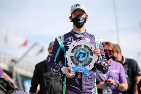 Romain Grosjean comemora a pole em Indianápolis