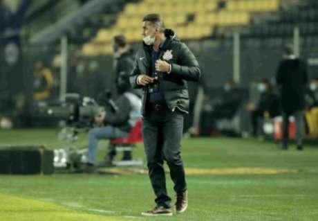 Mancini decpecionou em sua primeira competição internacional pelo Timão (Foto: Rodrigo Coca/Ag.Corinthians)