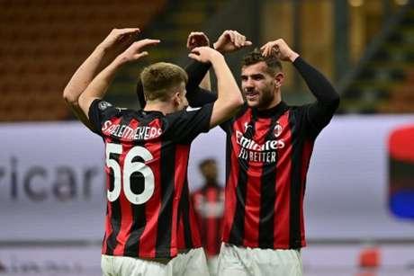 Milan está muito próximo de voltar à Champions League (Foto: MIGUEL MEDINA / AFP)