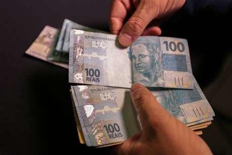 Agibank mira clientes hoje fora do sistema bancário.