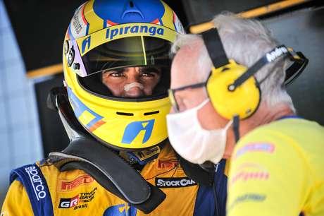 Cesar Ramos continua na Ipiranga Racing por mais uma temporada
