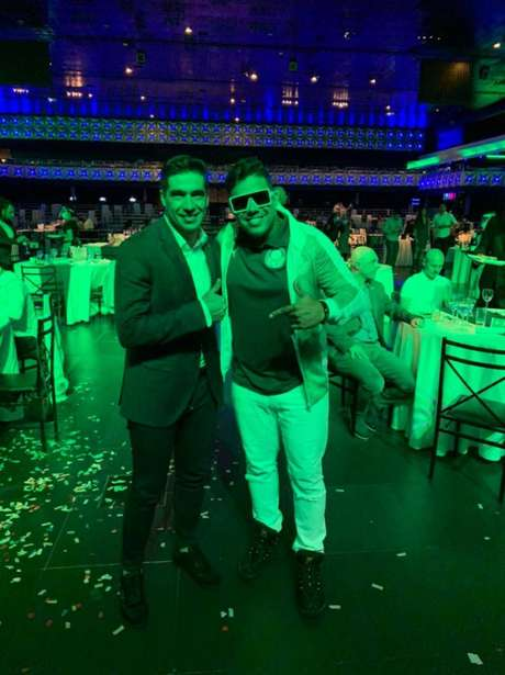 O cantor Marlon Góes faz sucesso com músicas sobre o Palmeiras (Foto: Arquivo Pessoal)