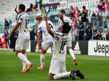 Cuadrado marcou dois gols (Foto: Isabella BONOTTO / AFP)