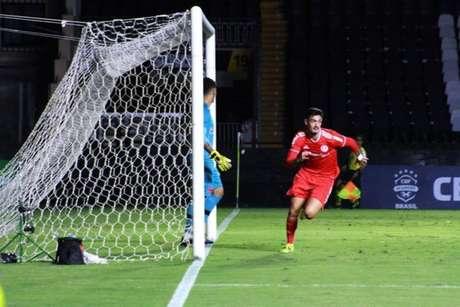 Matheus Cadorini marcou o gol da vitória do Internacional contra o Vasco (Jota Finkler / Inter/Divulgação)