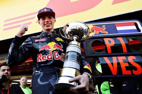 Max Verstappen comemora sua primeira vitória no GP da Espanha de 2016.