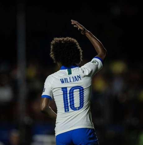 Willian sonha em reconquistar a confiança do técnico Tite (Ricardo Nogueira/FOTO FC)