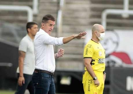 Vagner Mancini caiu após a derrota de hoje (Foto: Rodrigo Coca/Ag. Corinthians)