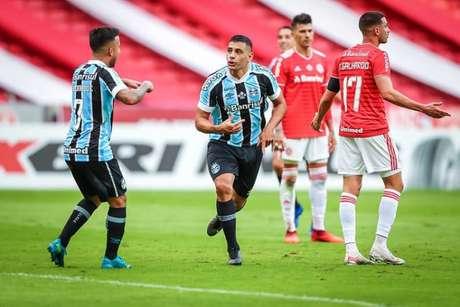 Diego Souza marcou mais uma vez contra o arquirrival (Lucas Uebel/Grêmio FBPA)