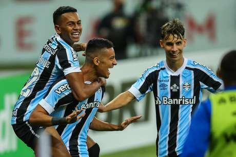 Grêmio vai para o jogo final do Campeonato Gaúcho com vantagem sobre o Internacional