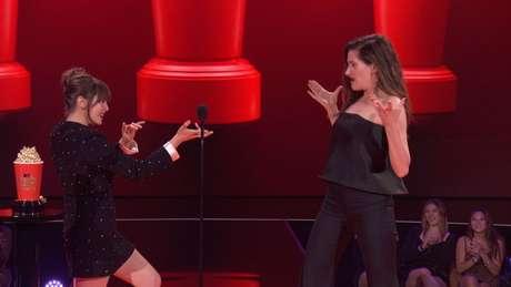 Elizabeth Olsen e Kathryn Hahn no MTV Movie and TV Awards 16/05/2021 Viacom/Divulgação via REUTERS