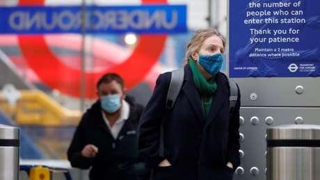 Variante B.1.617 pode colocar em xeque os avanços no enfrentamento da pandemia conquistados em países como o Reino Unido, indicam especialistas