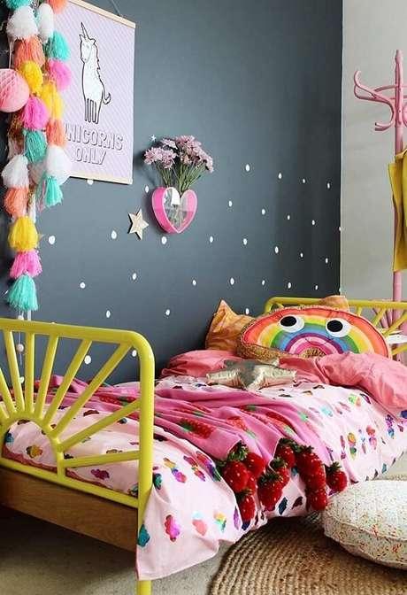 39. Capa de almofada infantil com formato de arco-íris. Fonte: Revista Viva Decora 2