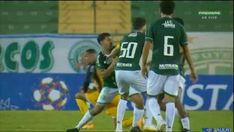 Jogadores do Guarani pegam quatro jogos de suspensão.