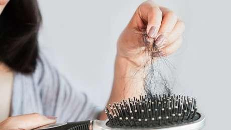 O excesso dos fios na escova pode assustar!