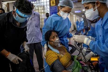 Paciente é tratado na Índia, onde a variante teria surgido
