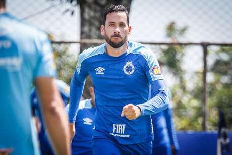 Ariel Cabral em ação pelo Cruzeiro (Foto: Vinnicius Silva/Cruzeiro)