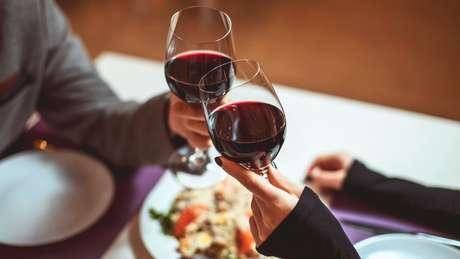 4 dicas de harmonização entre vinhos e pratos salgados para o outono!