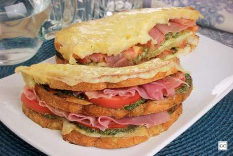 Guia da Cozinha - Receita de croque monsieur: clássico e delicioso sanduíche francês