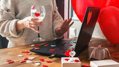 Economize no presente de Dia dos Namorados apostando nos leilões!
