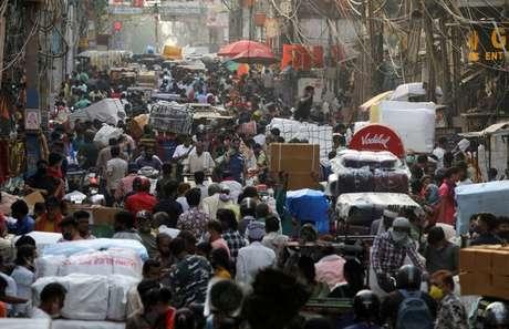 Mercado em Nova Délhi  6/4/2021 REUTERS/Anushree Fadnavis