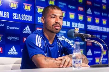 Marcinho fez apenas 12 jogos e marcou um gol com a camisa celeste-(Gustavo Aleixo/Cruzeiro)
