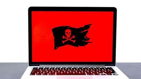 Com o malware no computador pode assumir muitos papéis