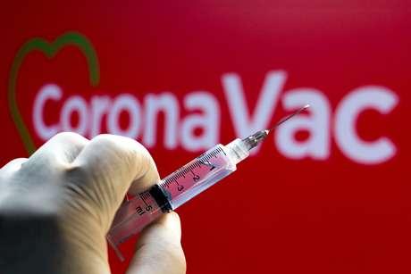 OMS aprova uso emergencial da CoronaVac