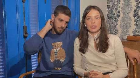 """O casal participou do programa """"Conversa com Bial"""" nesta terça-feira (1)."""