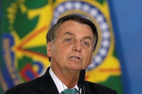 Presidente Jair Bolsonaro fala em cerimônia no Palácio do Planalto, em Brasília 01/06/2021 REUTERS/Ueslei Marcelino