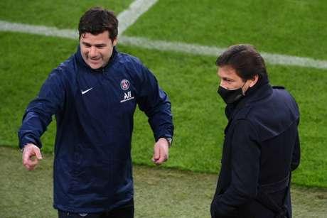 Pochettino tem contrato longo com o Paris Saint-Germain (Foto: LLUIS GENE / AFP)