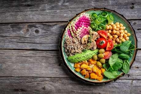 É importante planejar as refeições para construir novos hábitos