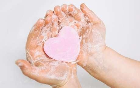 Conheça as simpatias que irão esquentar o seu relacionamento - Shutterstock