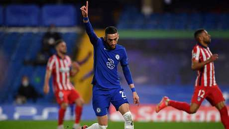 Ziyech marcou seis gols em 39 partidas com a camisa do Chelsea (Foto: AFP)
