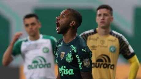 Wesley comemora gol contra a Chapecoense (Foto: Cesar Greco/Palmeiras)