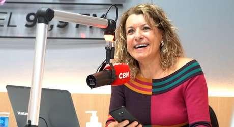 Olga Bongiovanni volta a fazer jornalismo no rádio após ter um programa de música até 2 anos atrás