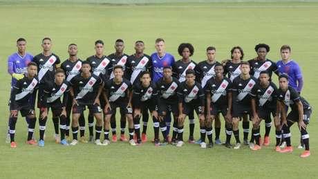 Time sub-17 do Vasco teve um desafio nesta segunda-feira e terá dois no próximo sábado (Marcos Faria)