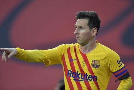 Messi está em fim de contrato no Barça (Foto: CRISTINA QUICLER / AFP)