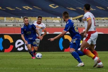 O time celeste venceu os baianos na ida por 1 a 0 e precisa de um empate para seguir na Copa do Brasil-(Gustavo Aleixo/Cruzeiro)