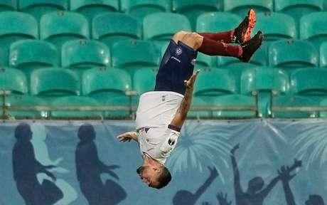 Gilberto tem 12 gols na temporada (Arisson MARINHO / AFP)