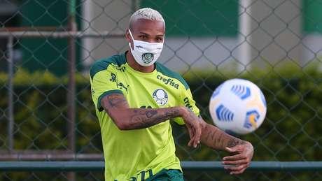 Deyverson voltou a treinar no Palmeiras