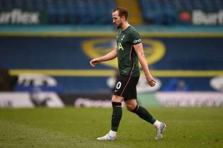 Tottenham dificulta saída de Kane (OLI SCARFF / POOL / AFP)