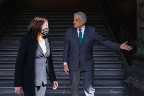 Vice-presidente dos EUA, Kamala Harris, se reúne com o presidente do México, Andrés Manuel López Obrador 08/06/2021 REUTERS/Carlos Barria