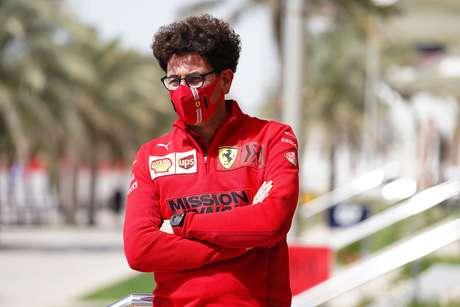 Mattia Binotto acredita que a Ferrari melhorou, mas precisa evoluir ainda mais