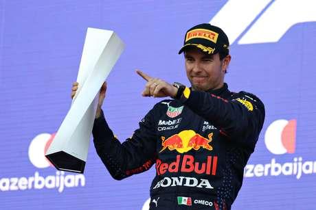 Sergio Pérez vibra com vitória no GP do Azerbaijão