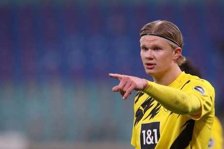 Haaland tem contrato com o Borussia Dortmund até junho de 2024 (Foto: RONNY HARTMANN / AFP / POOL)