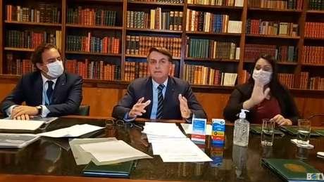 Presidente Jair Bolsonaro durante live de 26 de março de 2020, na qual citou a primeira morte pela covid-19 em Goiás